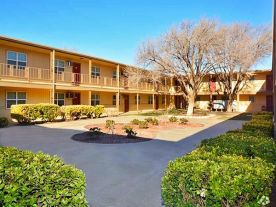 Courtyards Apartments | Lubbock, TX